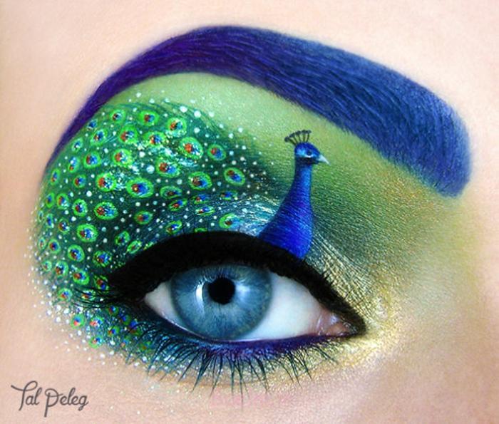 هنرمند چشم آرایش و تا دره فالج طاووس