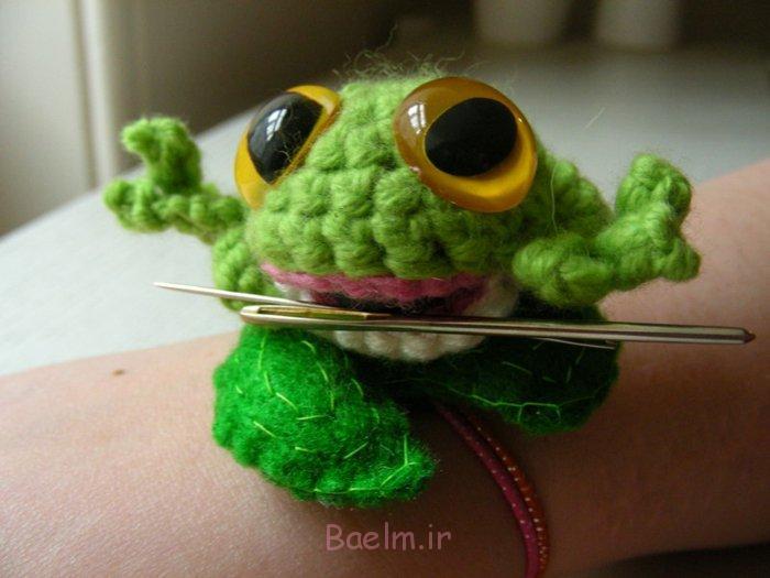 häkeln lernen strickarbeit süßer grüner frosch