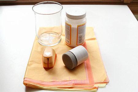 ایجاد طرح روی جاشمعی با دستمال کاغذی,تزیین جاشمعی با دستمال کاغذی