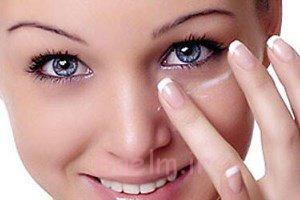 سیاهی دور چشم تان را با یک ترکیب جادویی برای همیشه از بین ببرید