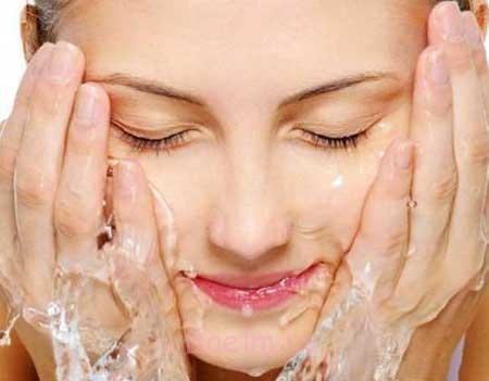 ملایم ترین پاک کننده آرایش
