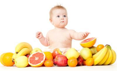 غذا خوردن نوزاد از چند ماهگی