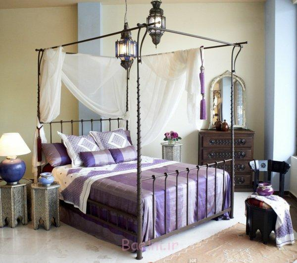 schlafzimmer gestalten metallbett himmelbett schmiedeeisen metallene laternen beistelltische orientalisch-marokkanisch-decoandalus