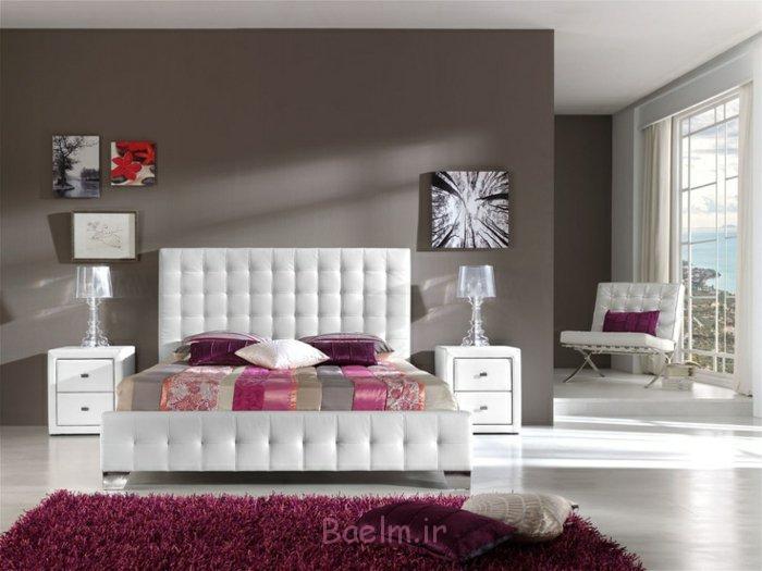 schlafzimmergestaltun luxus weißes leder hochflorteppich violett