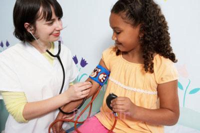 بیماری فشار خون در کودکان,بالا بودن فشار خون کودک
