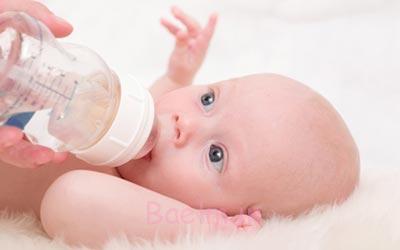 علل شیر نخوردن نوزاد,علت شیر نخوردن نوزاد