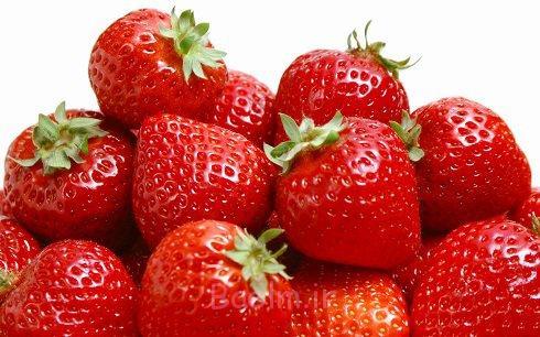 پوستت را با توتفرنگی سفید کن