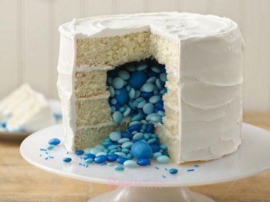 30-سورپرایز-داخل-کیک-درمان-ایده-آب نبات پر کیک