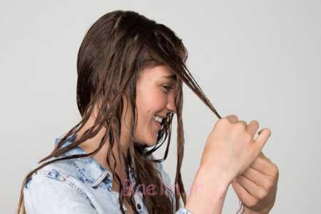 موی خیس و خشک نشده،موهای مرطوب