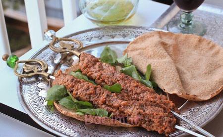 طرز تهیه کباب موهامورا, پخت کباب لبنانی