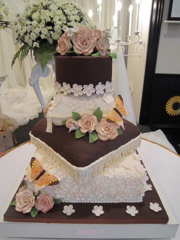کیک بالش 051
