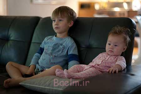 تماشای بیش از حد تلویزیون در کودکان