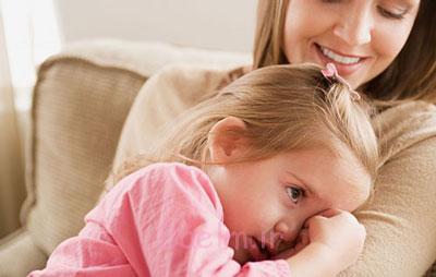 کم حرفی در کودکان,علل کم حرف زدن کودک