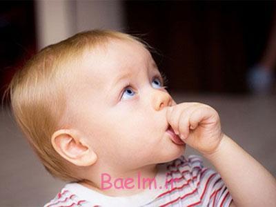 عادت مکیدن انگشت,مکیدن انگشت در نوزادان