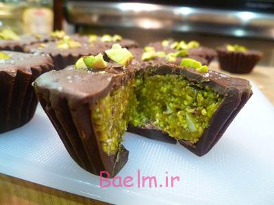 تهیه شیرینی پستهای با روکش شکلات, درست کردن شیرینی پستهای با روکش شکلات