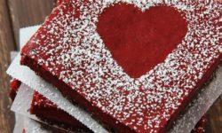 """عکس های """"کیک و دسر قرمز رنگ عاشقانه"""" با تزیین بسیار شیک و زیبا"""