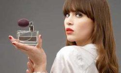 راز ماندگاری عطر برخی از خانمها چیست   راز زنانی که همیشه بوی خوب می دهند
