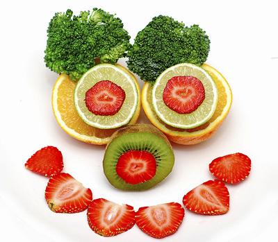 علائم کمبود ویتامین c, تقویت سیستم ایمنی بدن،درمان سرماخوردگی با ویتامین c