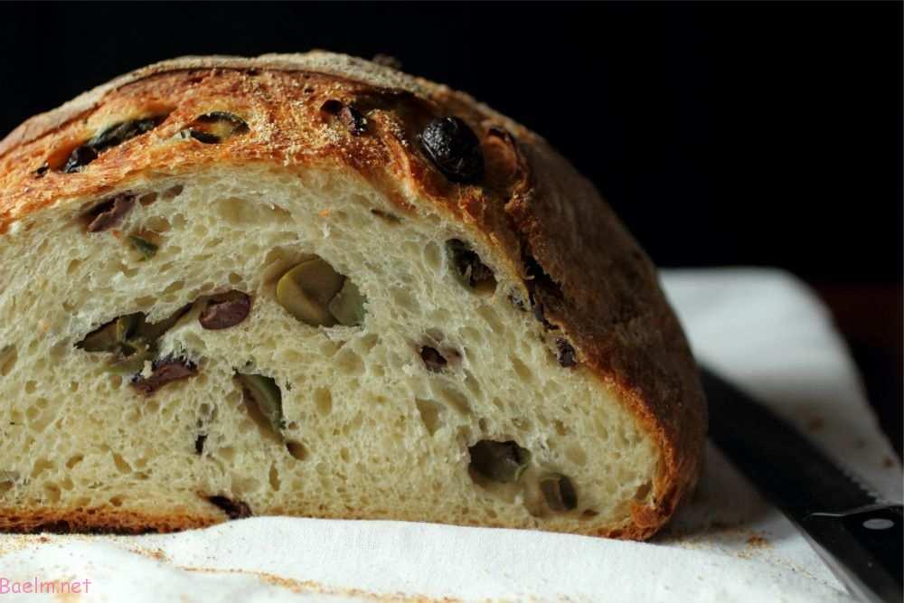 طرز تهیه نان زیتون در خانه
