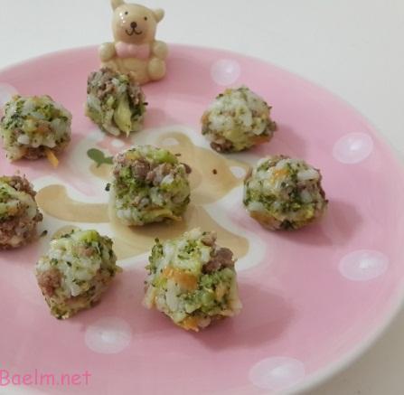 توپک کلم بروکلی ، طرز تهیه توپک های کلم بروکلی برای بچه های 1 سال