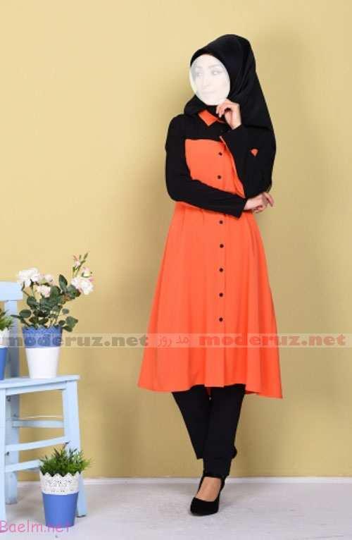 مدل مانتو رنگی دخترانه نارنجی با کفش پاشنه بلند و شلوار پارچه ای و روسری مشکی