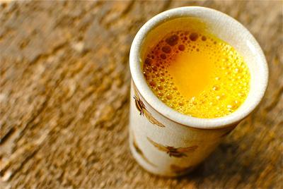 خواص درمانی چای زردچوبه