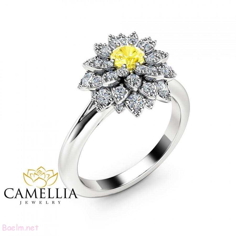 حلقه نامزدی زلای سفید به شکل گل - نگین دار