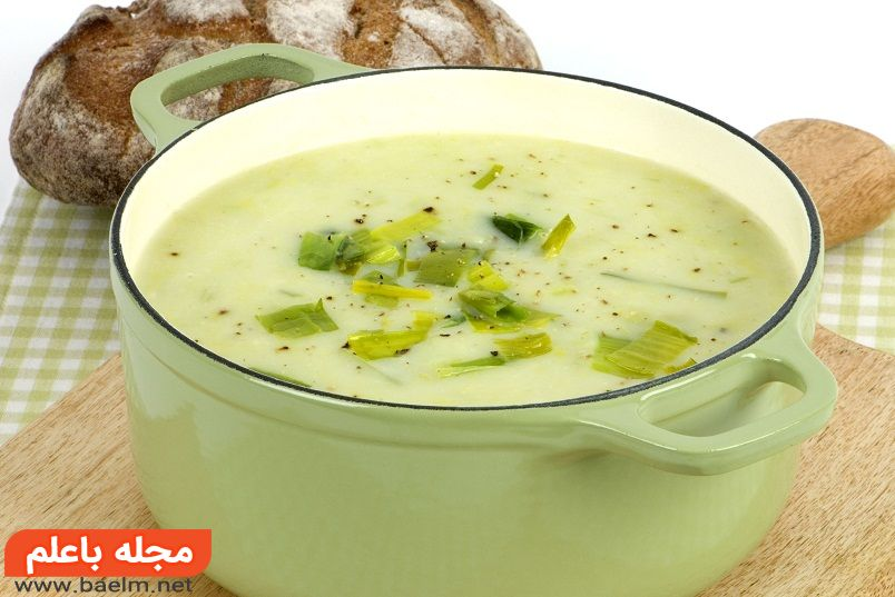 سوپ پیازچه خامه ای ، آموزش پخت و دستور تهیه سوپ پیازچه با خامه و شیر