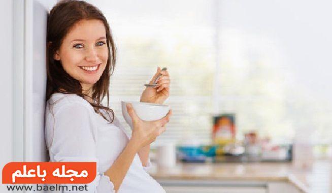عوارض مصرف بستنی روی جنین ، آیا بستنی خوردن در زمان بارداری خطرناک است