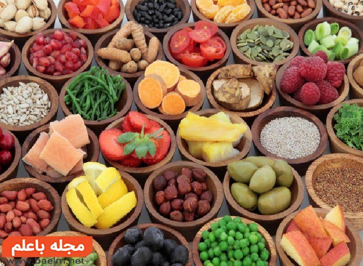 انواع ویتامینها در مواد غذایی برای سن چهل سالگی,بهترین مکمل غذایی در سن 40 سالگی