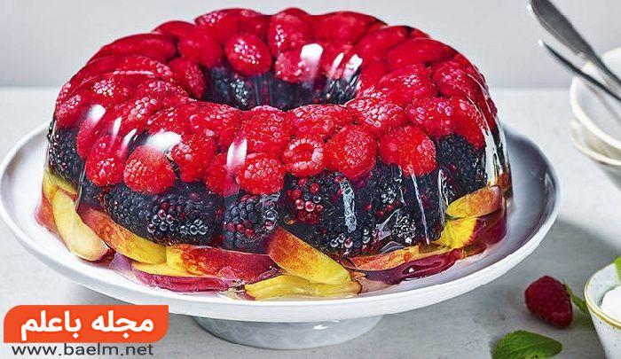 چگونه دسر میوه ای با ژله درست کنم,تزیین دسر ژله ای با میوه,ژله با تکه های میوه