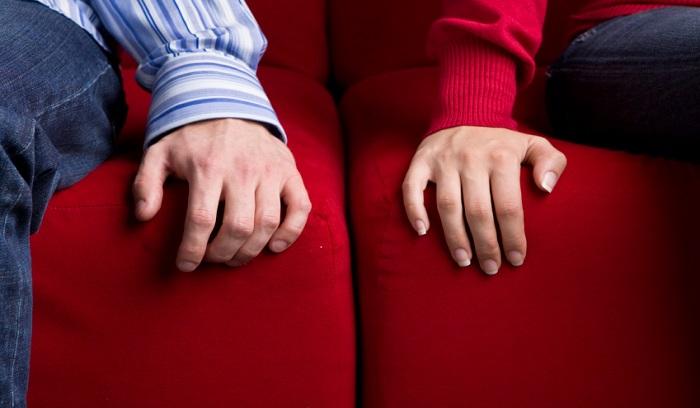 زوج درمانی مناسب برای کدام زوجین است: {hendevaneh.com}{سایتهندوانه}زوج درمانی مناسب برای کدام زوجین است ؟ - 37096 2 - زوج درمانی مناسب برای کدام زوجین است ؟