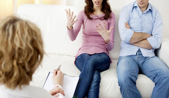 دلایل رایج مراجعه برای زوج درمانی: {hendevaneh.com}{سایتهندوانه}زوج درمانی مناسب برای کدام زوجین است ؟ - 37096 3 - زوج درمانی مناسب برای کدام زوجین است ؟