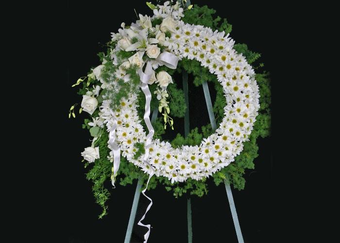 مناسب ترین گل ها برای تاج گل ترحیم